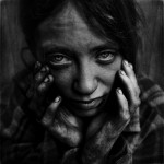 Lee_Jeffries_Portraits_de_SDF_49