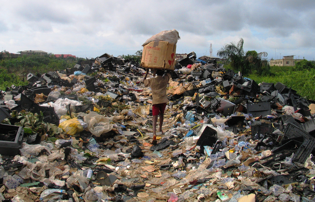 poverty pollution essay Read this essay on poverty and pollution case study come browse our large digital warehouse of free sample essays get the knowledge you need in order to pass your classes and more.